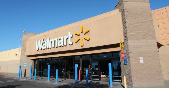 How to save money at walmart. how to coupon and save big at Walmart each week. It is easy to save money on groceries with this easy money saving tips.