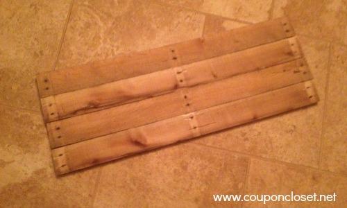 pallett wood sign - put together.