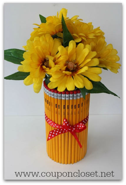 teacher gift idea - pencil vase with flowers