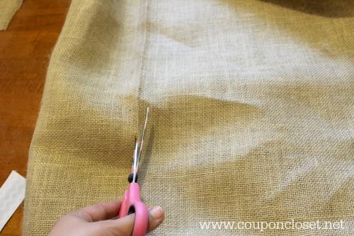 burlap placemats - cut