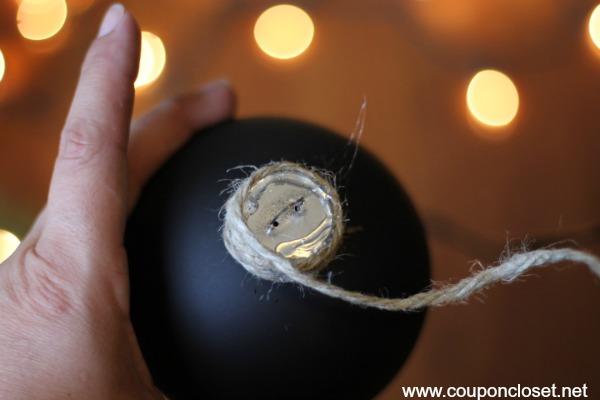 chalk board ornaments - wrap twines