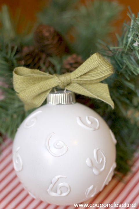 easy embellished ornament with hot glue