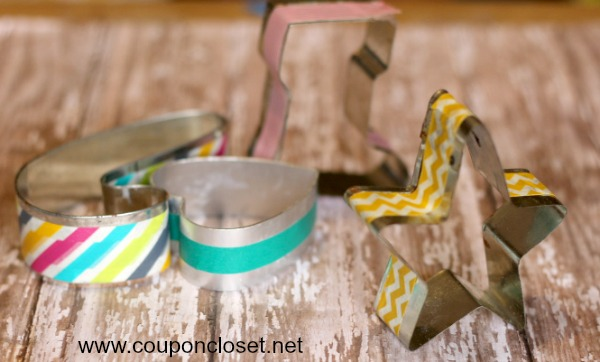 homeade christmas ornaments - washi tape cookie cutter ornaments