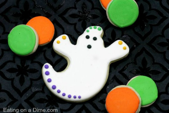 ghost-sugar-cookies-are-delicious