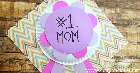 homemade mom award facebook image