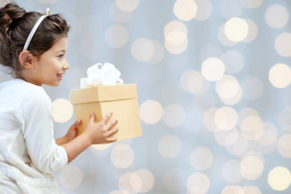 Looking for homemade gifts for kids? These simple homemade Christmas gift ideas for kids are frugal but the kids will love them. These gift ideas for kids are awesome!