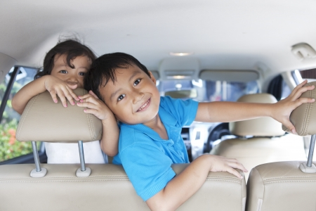 How to Save on Fuel on a Road Trip. Here are 7 easy tips on how to save on gas for family vacations. How to Increase Fuel Efficiency to save money.