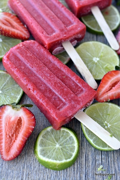 Find lots of yummy and easy popsicle recipes here. 40 homemade popsicles recipes the entire family will love. Cool off this summer with these treats!