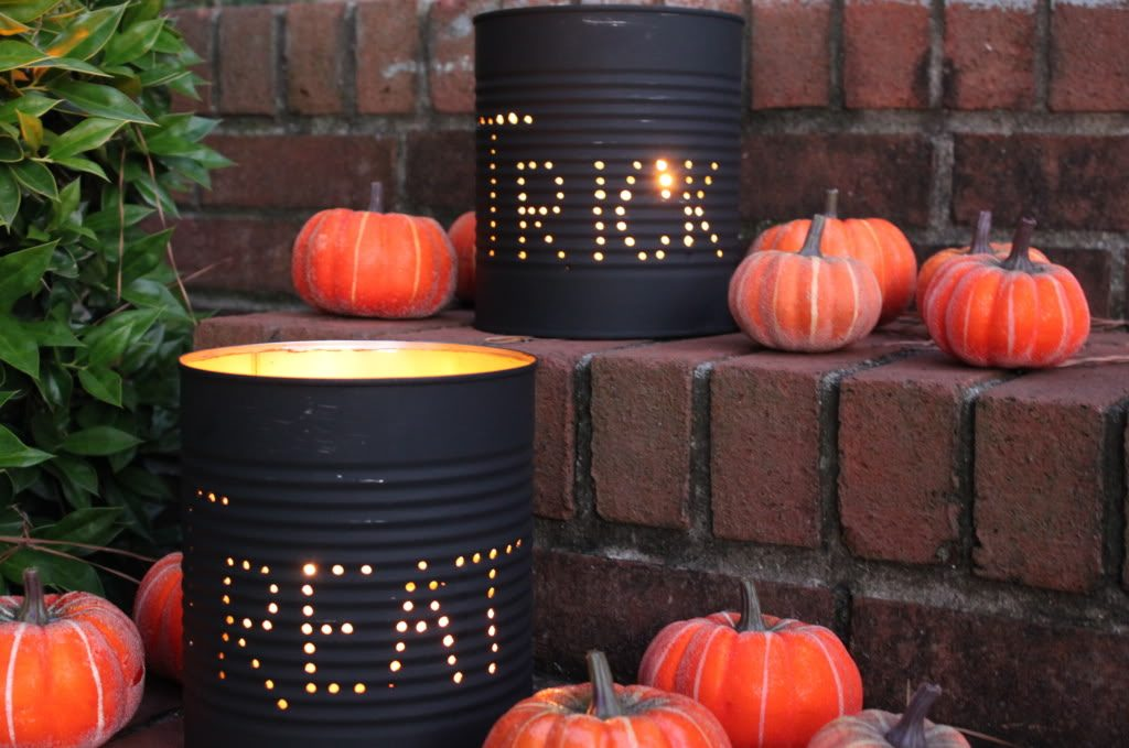 Check out these DIY Halloween decoration ideas. 25 ideas that are creative but won't break the bank. Your house will be so festive!